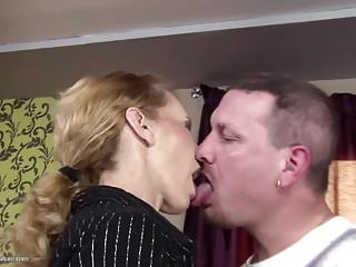 Skinny mature mom gets anal sex coupled with thirst-quenching pee
