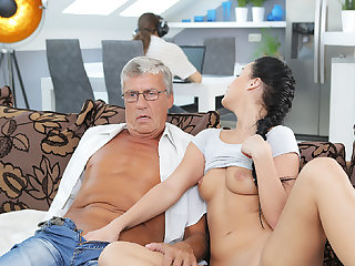 DADDY4K. Erica will never forget hotness making out with dad of...