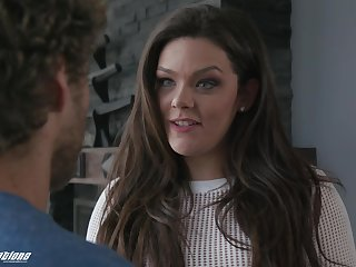 After fingeringKimber Woods wants to pull off an orgasm with her lover