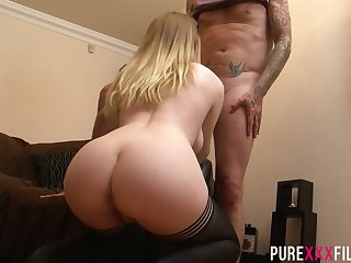 English hottie Ruby Temptations impresses dude with awesome blowjob