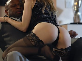 Tantalizing babe with racy ass Karla Kush goes wild on titanic black hose