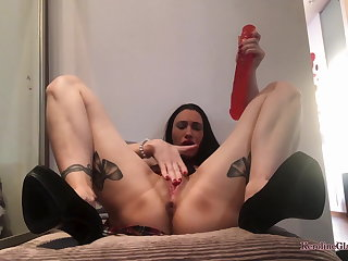 Hot Girl Passionate Play Pussy and Anal Boastfully Dildo