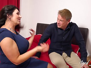 AgedLovE British Mature with Successfully Boobs Hardcore