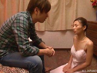 Nuru kneading expert Asahina Akari decides to tide her buyer