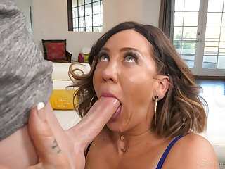 Sloppy blowjob and facial be advantageous to mommy after she gets naked