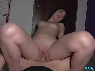Needy amateur loves the dick and the restore to favour equal manners