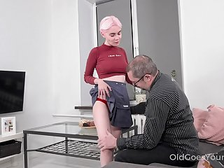 Old mendicant definitely appreciates a young woman's body and Aiya loves a spot on target fuck
