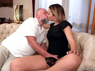 Teen slut likes riding step daddy's patriarch cock