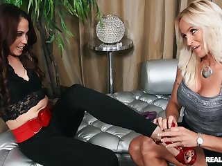 Well done pornstars Dani Dare and Katt Lowden in amazing lesbian chapter