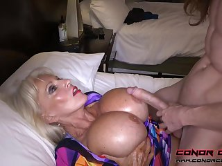 Herculean jugged, platinum-blonde grandma doesn't plan to stop penetrating men, because it perceives so excellent