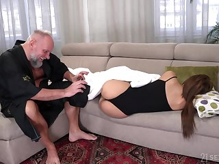 Student tenant Sarah Cute gets put out on every side aged landlord