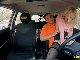 Energized bazaar leaves the driving instructor to hump her good