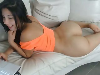 What a fucking pretty ass she has and her hot derriere makes me hungry