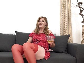 Iweta is a slutty, mature ungentlemanly up red stockings, who decidedly likes to have casual sexual connection