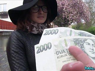 Czech loveliness accepts cash for a good fuck atop cam
