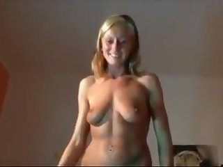 Busty blonde gives a conscientious blowjob and loving a hot facial