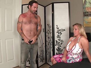 Stepmother took tits out added to modus vivendi = 'lifestyle' spasmodical her stepson off